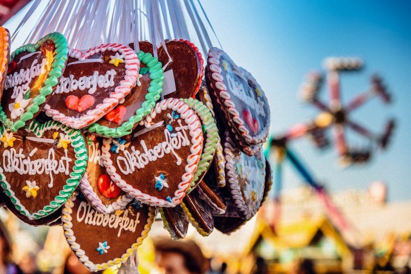 typical-souvenir-at-the-oktoberfest-2a